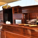 superyacht_regina_bar