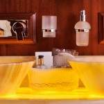 superyacht_regina_bathroom