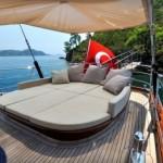 james_bond_superyacht_regina_from_skyfall